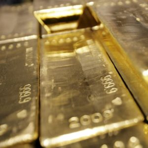 Gold demand slumps to lowest level since 2009